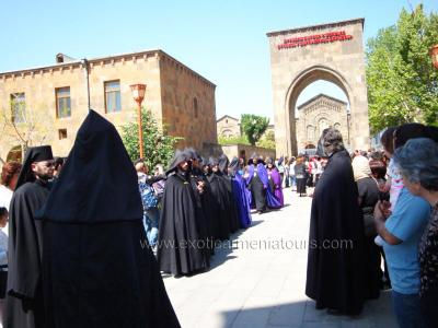 Holy Mass at Echmiadzin Mother Cathedral